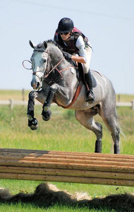 Robyn Fisher on Claire de Lune SE (Photo Credit: useventing.com)