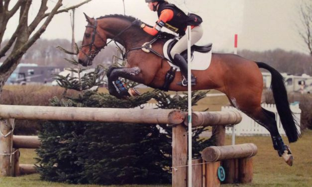 464 by Bit of Britain – Young Rider Lizzie Baugh and Marilyn Little with Liz and Paul